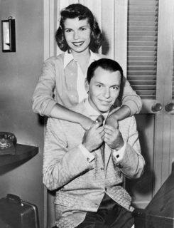 È ora di riscoprire Nancy Sinatra, figlia di Frank: in realtà la conosci già