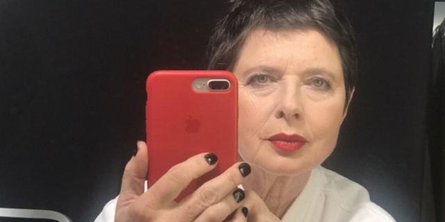 """Isabella Rossellini e il tempo: """"Invecchiare è bello"""""""