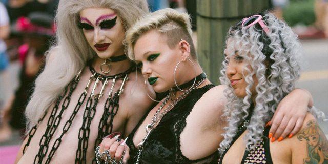 Slutwalk: perché non sono le donne a dover 'evitare di vestirsi come t**ie'