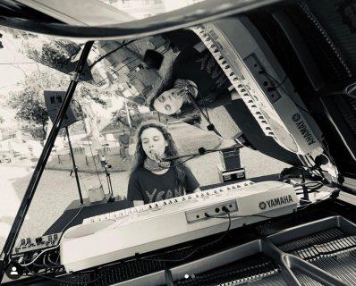 """Frida Bollani Magoni e la musica: """"Sono ipovedente, ma lo considero un dono"""""""