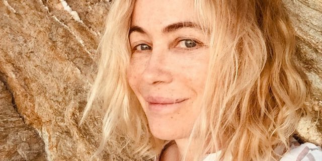 """Emmanuelle Béart: """"Il diritto delle ultra 50enni di vivere emozioni e sessualità"""""""