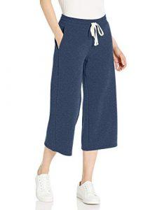 Pantaloni capri larghi