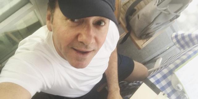 Kevin Spacey torna sul set dopo le accuse e prova a ripartire dall'Italia