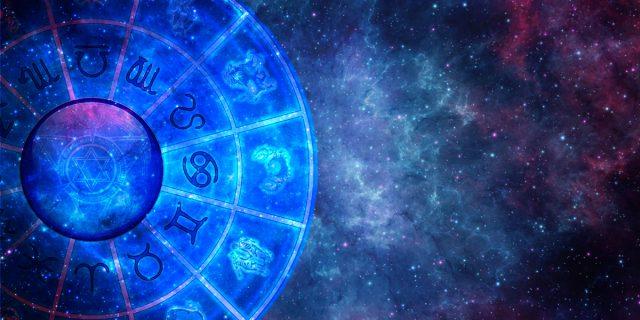 Effetto Forer: perché, anche se 'non ci crediamo', un buon oroscopo ci rassicura