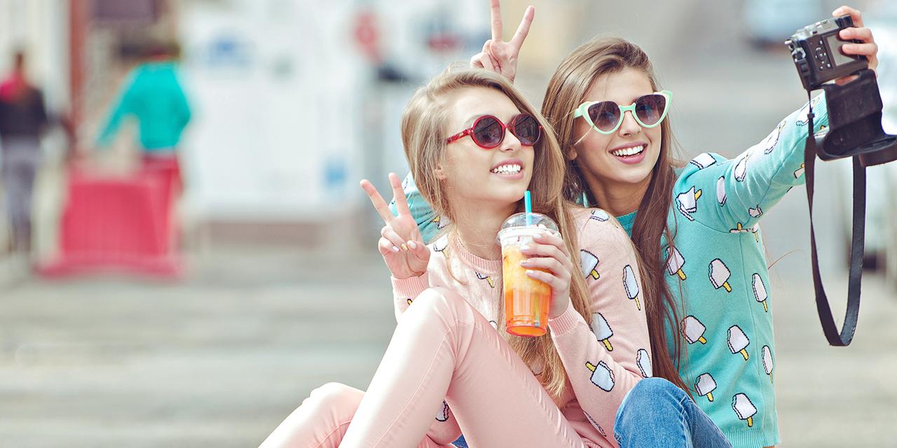 Scopri il segno zodiacale della tua migliore amica ideale