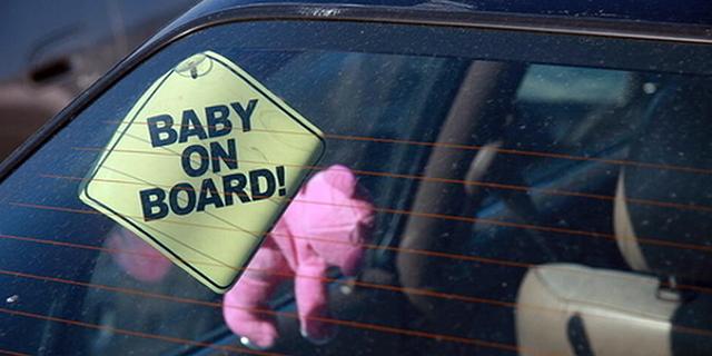 In arrivo i sensori per non scordare i bambini in auto