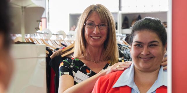 """""""Dress for success"""": a Roma la boutique che regala abiti alle donne disoccupate"""