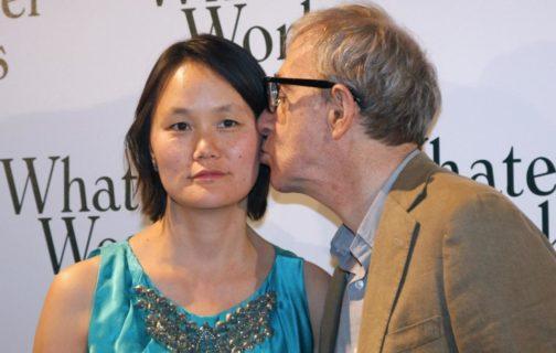 Woody Allen, sposò la figlia adottiva della compagna ma è davvero un mostro?