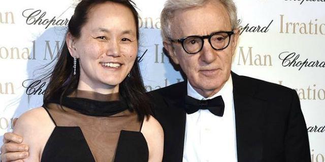 Woody Allen, sposò la figlia adottiva della moglie, ma è davvero un mostro?