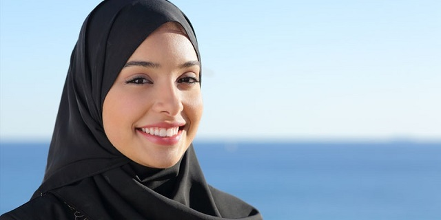 Macy's lancia una linea di abiti per donne musulmane