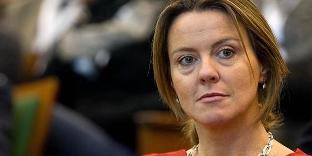 """Vaccini, Beatrice Lorenzin: """"Dietro i no vax c'è un business enorme"""""""