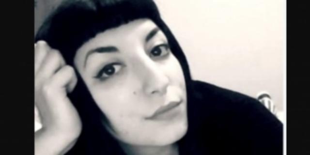 Spinta a uccidersi per un video hard, oggi ci sono due indagati per il suicidio di Michela