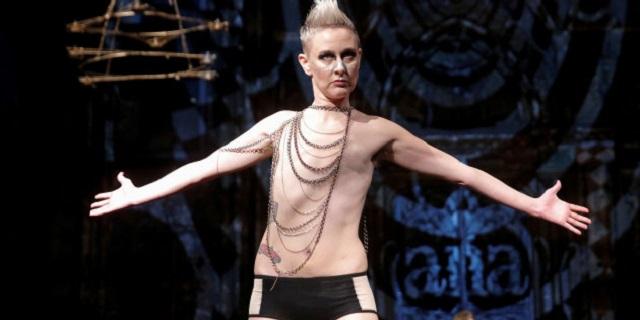 Alla New York Fashion Week sfilano le donne colpite dal cancro al seno