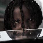 Il Paese dove i bambini sono costretti a guardare lo stupro e l'assassinio delle madri