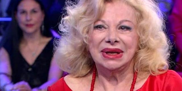 """Sandra Milo: """"L'imitazione di Virginia Raffaele? Volgare"""""""