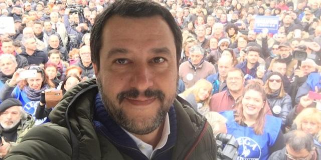 """""""Caro Salvini, grazie a lei i miei figli adottivi sono terrorizzati"""""""