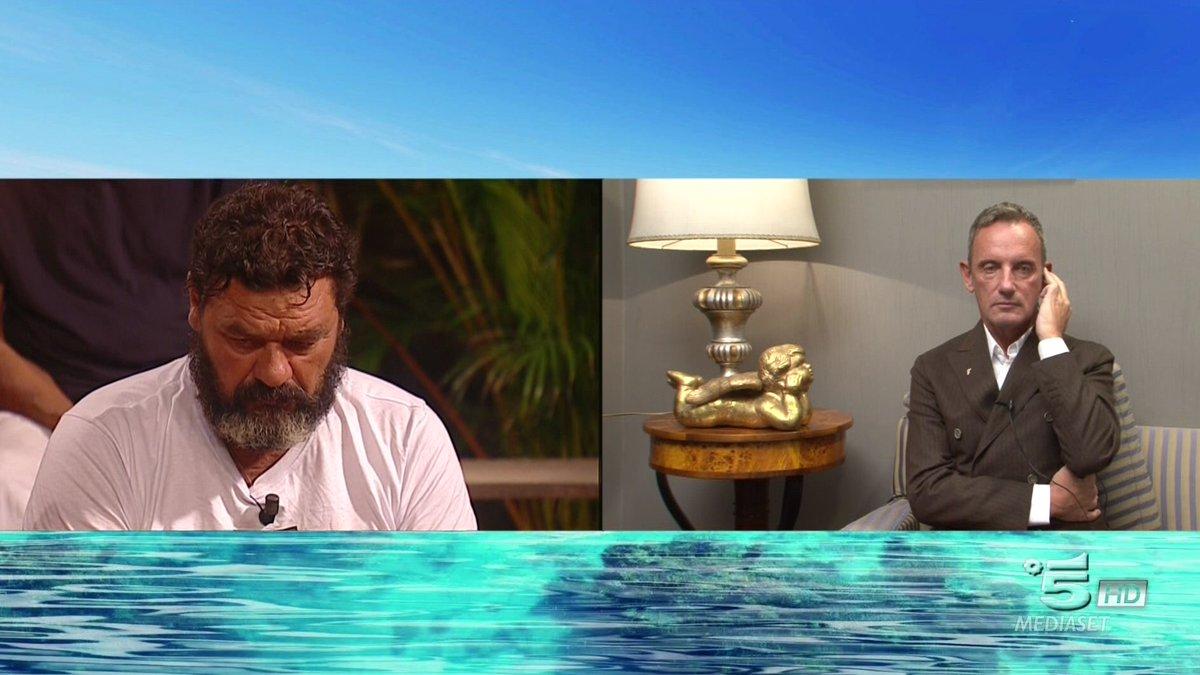 """Isola dei Famosi, Franco accusato di omofobia da Craig:""""ho amici gay, ti denuncerò!"""""""