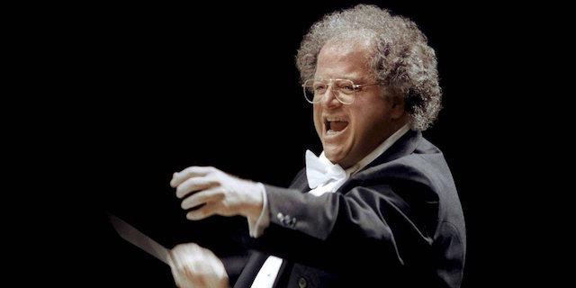 Via dal Metropolitan Opera il direttore d'orchestra James Levine, su di lui l'accusa di molestie sessuali