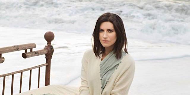 Laura Pausini annuncia nuovi concerti in Italia nel 2018