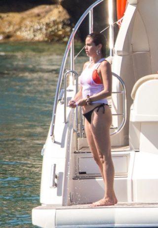 Selena Gomez mostra per la prima volta le cicatrici del trapianto