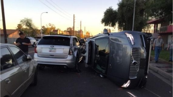 Diffuso il video dell'auto senza conducente che investe e uccide una donna