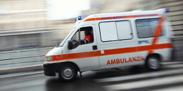 """Catania, 25enne muore di morbillo. La madre: """"Me l'hanno ammazzata"""""""