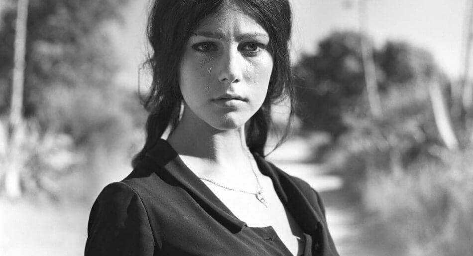 """Stefania Sandrelli, la confessione choc: """"Violentata e presa a botte da ragazza"""""""