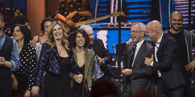 Al via su Tv8 la versione italiana del Saturday Night Live con Claudio Bisio