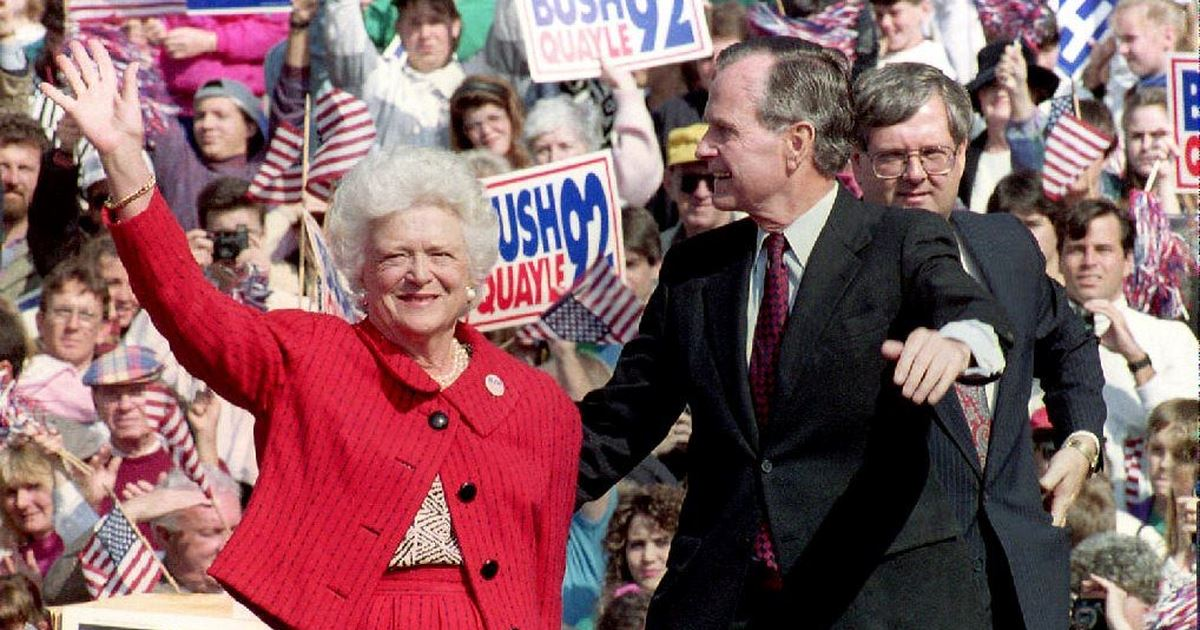 Addio a Barbara Bush, moglie e madre di due presidenti USA