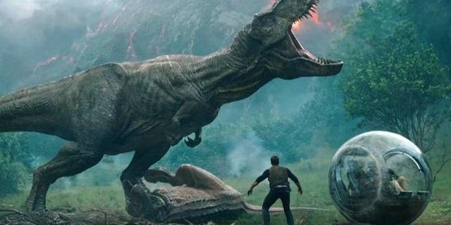 Jurassic World: Il Regno Distrutto, il nuovo trailer