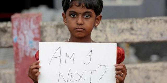 India: stuprata e uccisa a 4 mesi e l'orrore delle altre bimbe