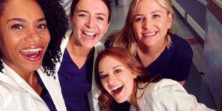 Grey's Anatomy: gli insulti a Kelly McCreary per l'addio di April e le parole di Sarah Drew