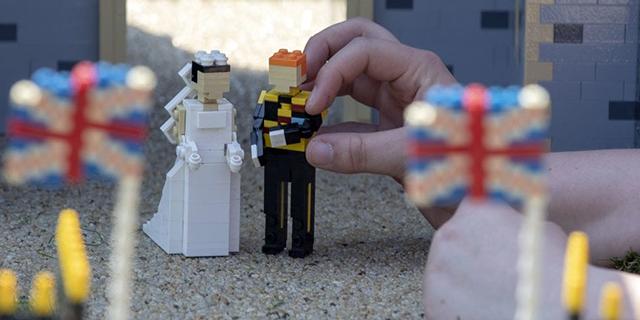 Arrivano le nozze di Harry e Meghan versione Lego