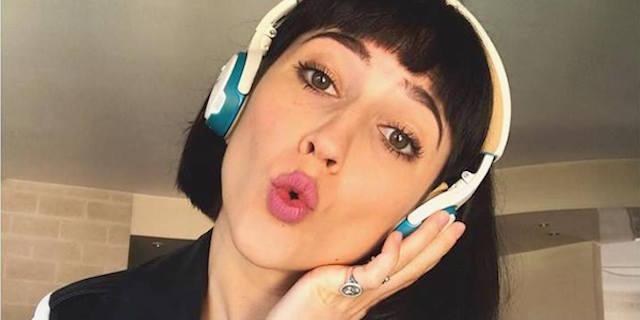 """Lodovica Comello in """"Una canzone per me"""" presenta il suo nuovo singolo"""