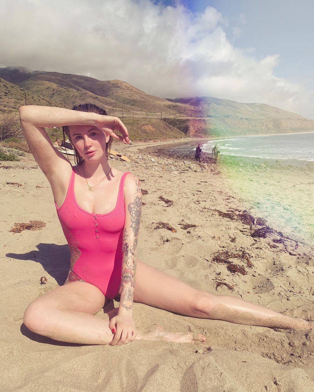 Chi è Ireland Baldwin, la figlia di Kim Basinger e Alec Baldwin