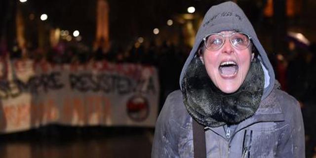 Insultò i poliziotti, maestra di Torino licenziata
