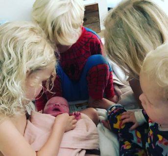 """""""Ci siamo già passati, ma mai così"""": il dolore di James Van Der Beek per il 4° aborto"""