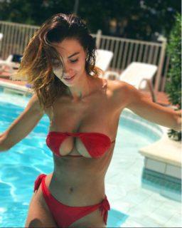 Upsidedown Bikini: il bikini sottosopra diventa molto più di un trend (discutibile)