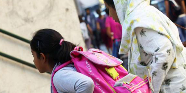 Il sindaco leghista fissa un tetto massimo di stranieri a scuola: 60 bimbi esclusi