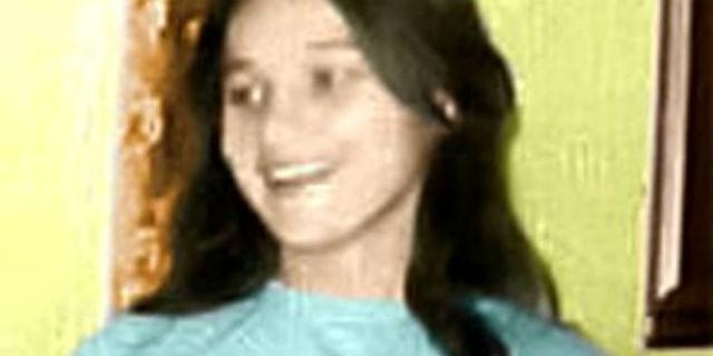 """""""Non si suicidò. Mia sorella è stata arsa viva a 14 anni"""""""