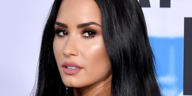 """Demi Lovato ricoverata per sospetta overdose: """"È sveglia"""""""
