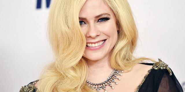 """Quella lettera di Avril Lavigne ai fan: """"Avevo accettato la morte"""""""