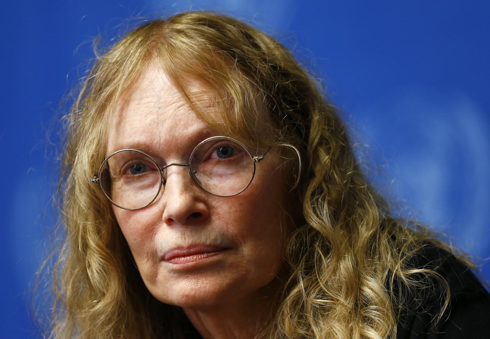 """Woody Allen, la moglie: """"Mio marito è innocente, Mia Farrow cattiva madre"""""""