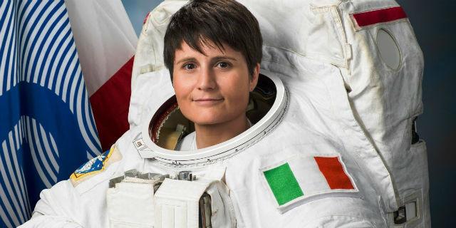 La Barbie astronauta di Samantha Cristoforetti: le bambine devono sognare senza limiti