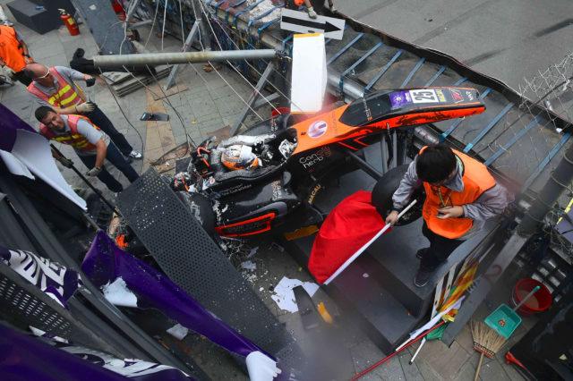 La Formula Uno è roba da donne e da Sophia Floersch, pilota di 17 anni