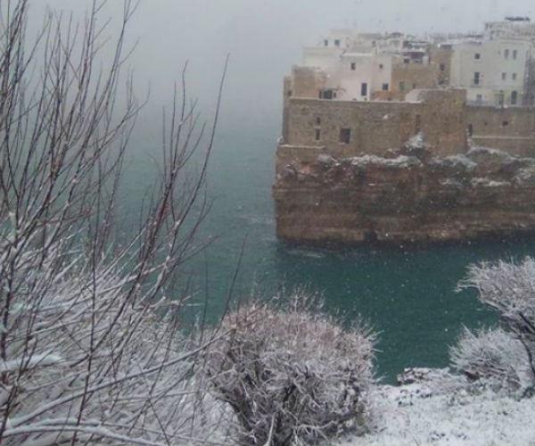 Da Matera ad Alberobello, 12 magiche immagini del Sud sotto la neve