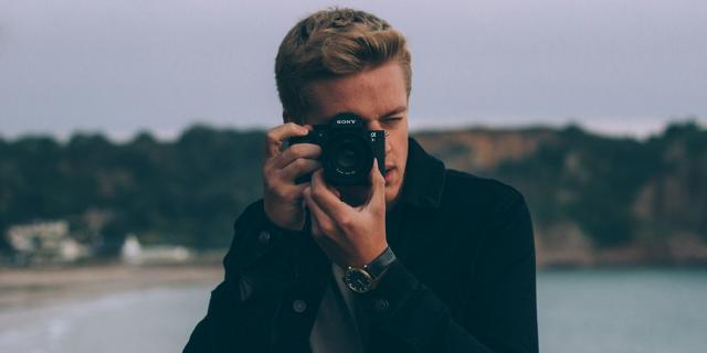 Affittasi fidanzato (fotografo professionista) per foto Instagram
