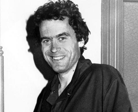 Ted Bundy: se alcune donne considerano sexy il killer che ha ucciso più di 36 ragazze