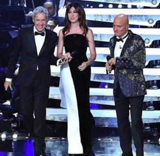 Tutti gli abiti di Virginia Raffaele al festival di Sanremo