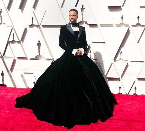 Perché Billy Porter indossava smoking e gonna agli Oscar e i 10 look più discussi